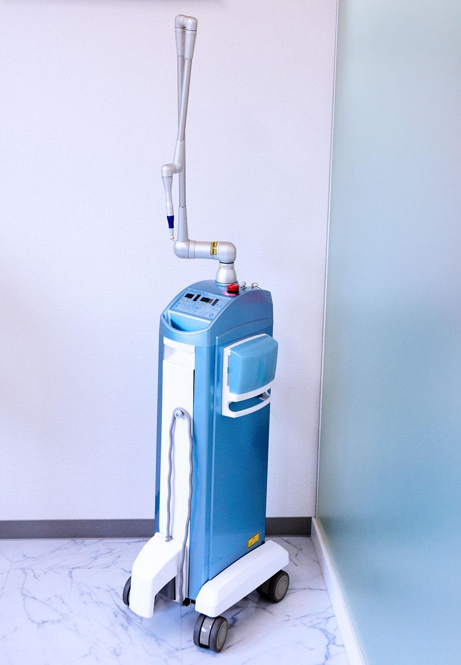 最新型歯科用レーザー(炭酸ガスレーザー・半導体レーザー)